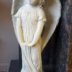 Angel with folded hands